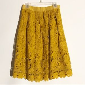Ann Taylor mustard color skirt.